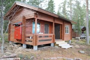 Selkälän sauna ja taustalla tuparakennus